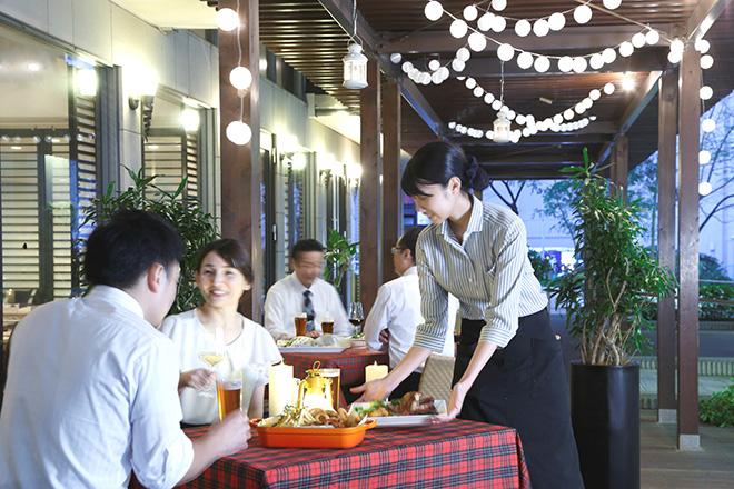 crowne_cafe_beer_terrace